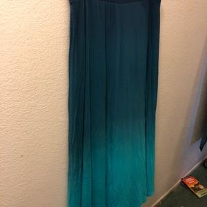 Size 18-20 skirt, blue and teal.